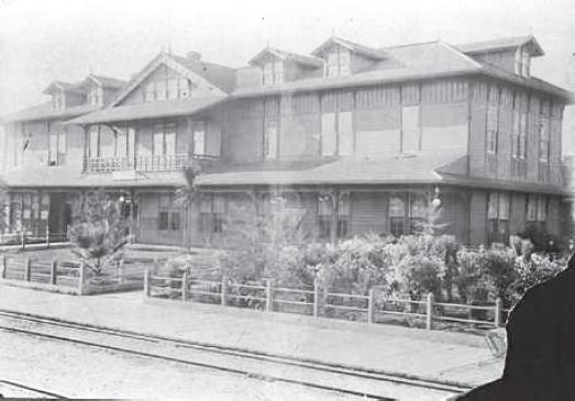 1885 Depot Hotel